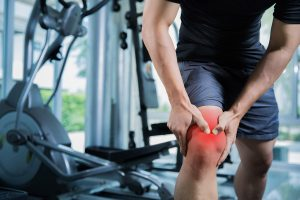 chiropractic-care-knee-pain-exercising